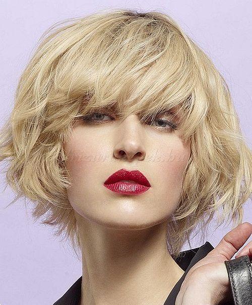 rövid+hullámos+frizurák+-+hullámos+rövid+női+frizura
