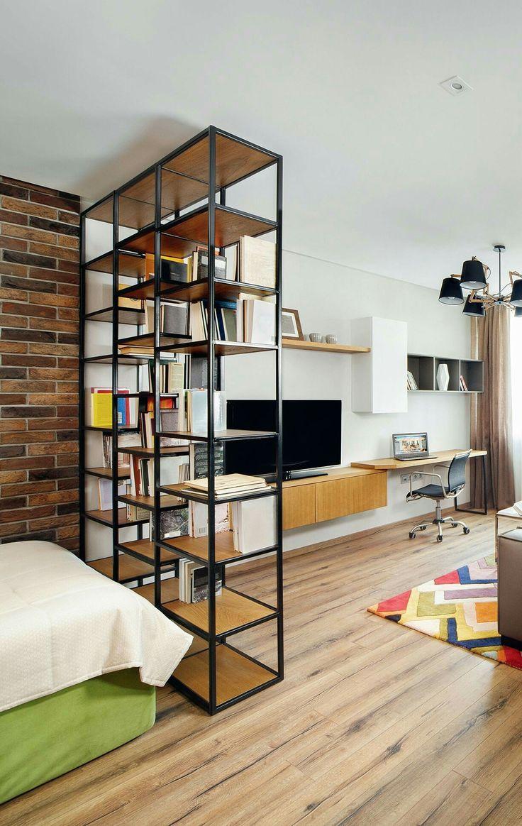 Współczesne wielofunkcyjne meble często stanowią niezwykły popis designerskich możliwości, który z pewnością spełni oczekiwania domowników oraz zrobi wrażenie na odwiedzających mieszkanie gościach.