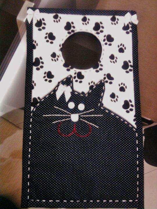 Lixeirinha de tecido de gatinha.http://www.vivartesanato.com.br/2015/01/lixeira-para-carro-que-eu-fiz.html