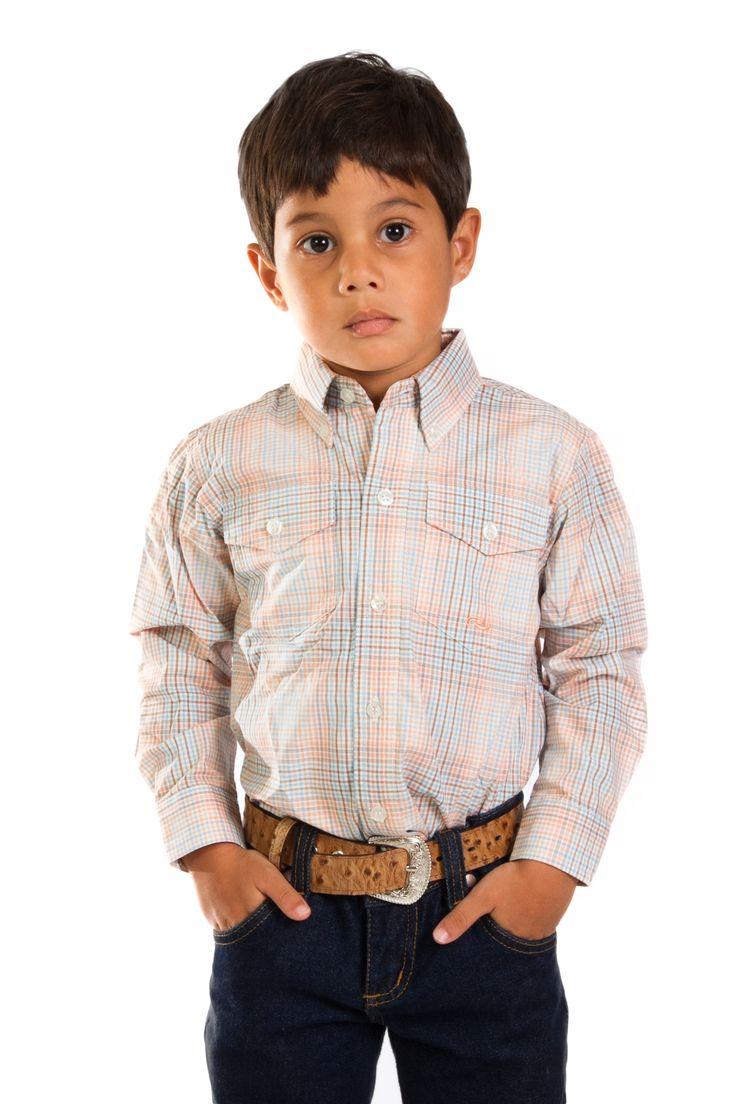 camisa infantil ML Roper   camisa infantil masculina importada xadrez claro manga longa Roper. Feita em 100% algodão. O Cowboy de bom gosto já nasce sabendo o que é bom. Qualidade e bom gosto você encontra na loja que há mais de vinte anos veste o mundo country, as Lojas Cowboys. Combine essa linda camisa com sua bota, calça, chapéu e outros de nossos acessórios.