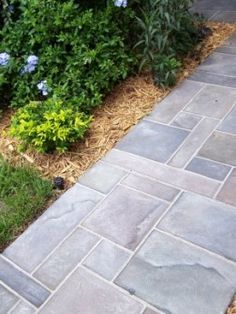 How to paint a faux slate walkway on concrete. I really like this look. Think I am going to try it on concrete board behind my wood stove!