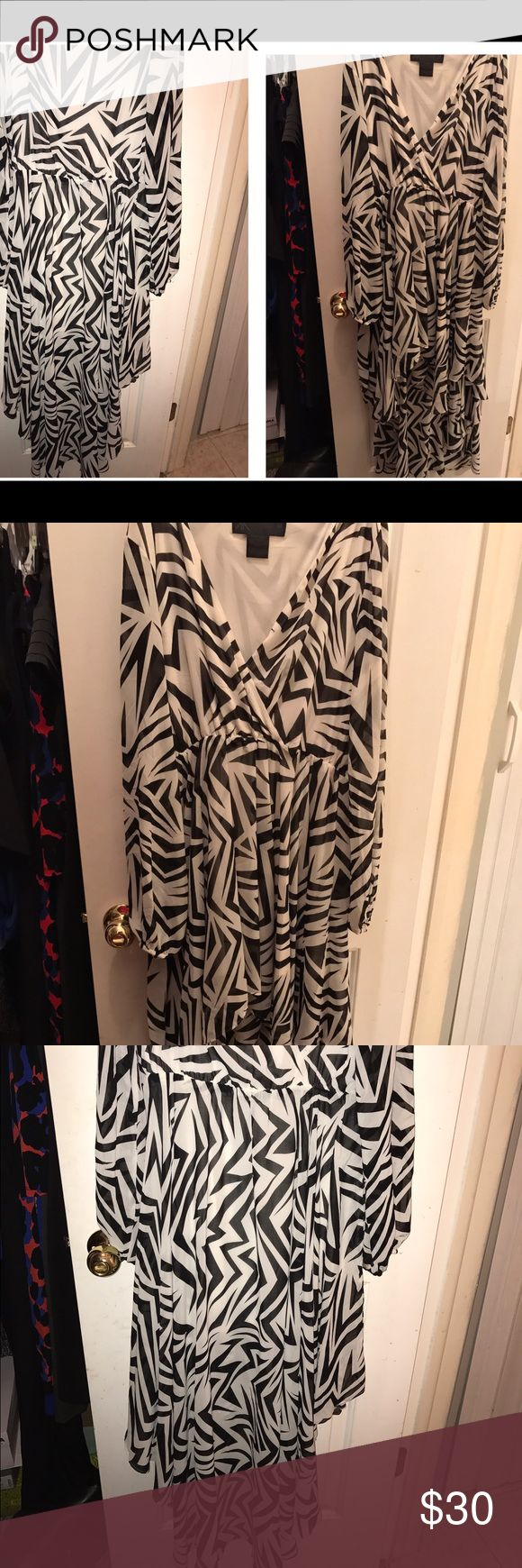 Kardashian high low dress high low dress from the Kardashian Kollection Kardashian Kollection Dresses High Low