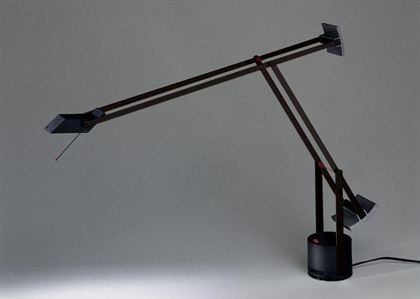 TIZIO 35 Designed by Richard Sapper http://www.artemide.us/Products/Artemide/Table/Tizio_35/Tizio_Table.pdf