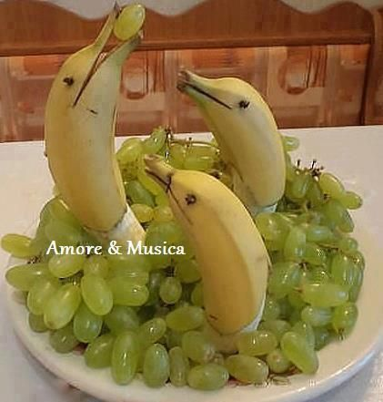 Delfine aus Bananen