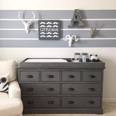 dresser with changing tray