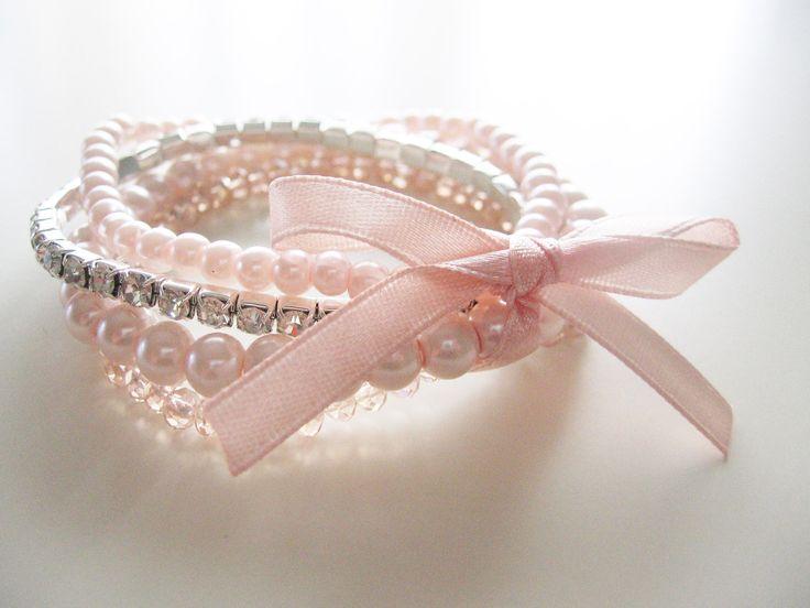 pearl bracelet- shabby chic