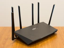 CNET editors review and choose the top 802.11ac routers.  These include product photos and video and user reviews.