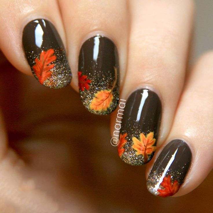 ✧ Pinterest ↠ H.Mattarozzi ✧| Fall inspired black & orange leaves nail art design