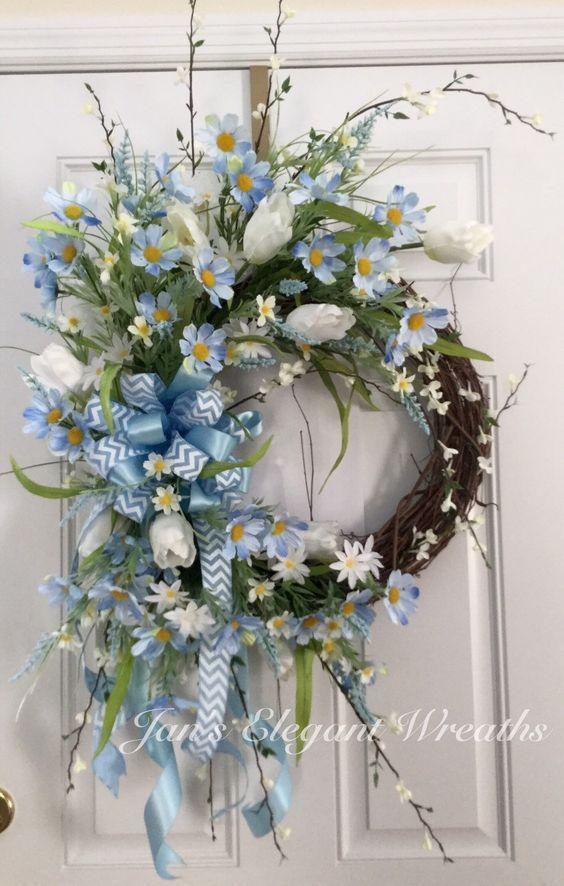 Blue Spring Wreath Blue daisy wreath Tulip