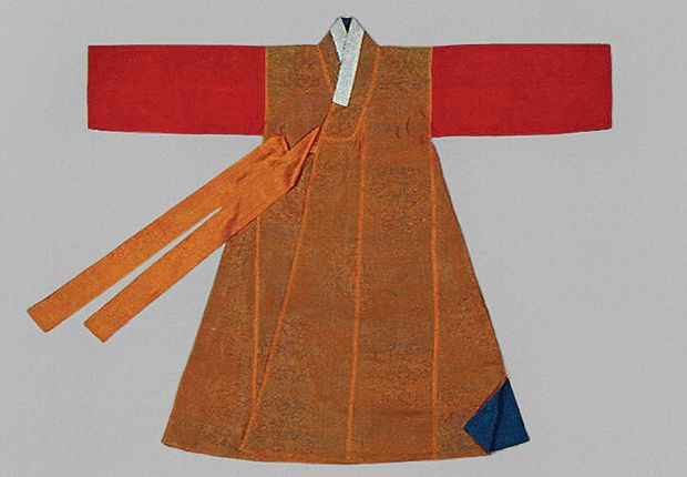 Dongdari (Coat with Different Color Sleeves) | 19th century, Joseon dynasty | Seok Juseon Memorial Museum, Dankook University