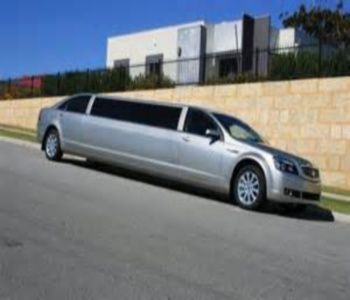 Welcome to Limousine King's luxury LimosHire service in the state of Melbourne, we put your journey top priority!