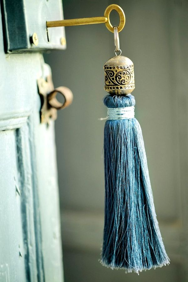 I should hang a gorgeous tassel on the India pied-a-terre key