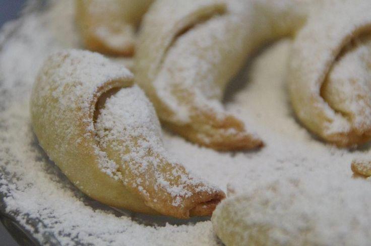 Cornes de gazelle -BIO-By Brigitte, biscuits & gâteaux artisanaux | GALERIE