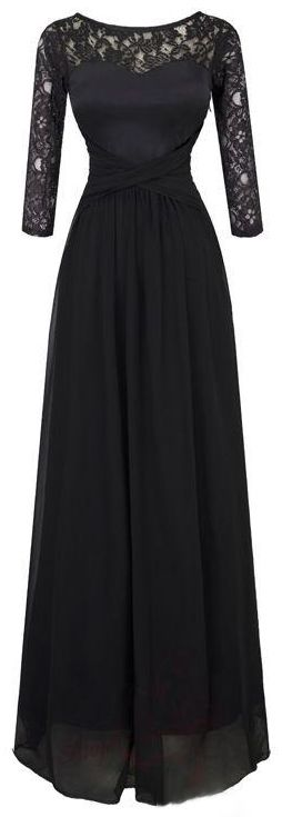 black floor lenght gown with lace sleeves ♥︎