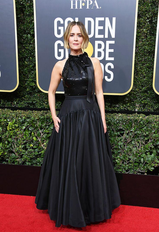 Golden Globes 2018: Sarah Paulson In Calvin Klein