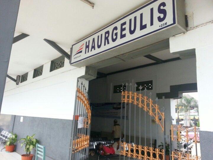Stasiun Haurgeulis di Indramayu, Jawa Barat