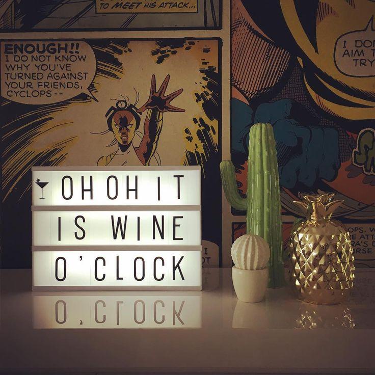 De voorbereidingen #ladiesnight #betertevroegdantelaat #ohohitiswineoclock…