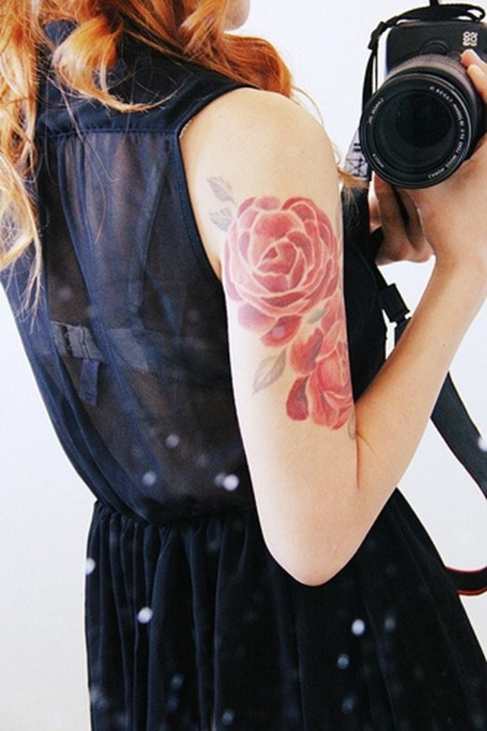 Beautiful red flowers shoulder tattoo for women | Women Tattoo Designs | Ideas for Women Tattoos