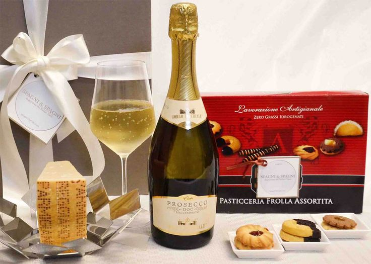 Just Good Food Corporate Gift...An interesting and #tasty gift! #sparklingwine #cheese #sweet #cookies  Find out more  https://goo.gl/szgNHa