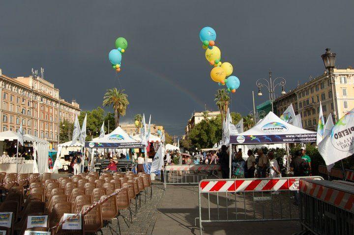 Piazza Risorgimento il 1º giorno della prima fest regionale