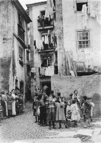 100 Anos de República: Fotos antigas de Lisboa, Alfama 1901
