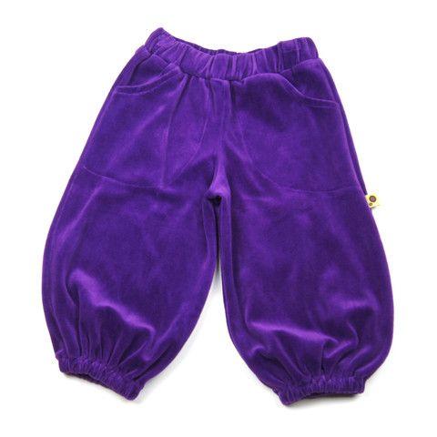 Perfect play pants from Krutter http://www.danskkids.com/collections/pants/products/krutter-velvet-pants-purple