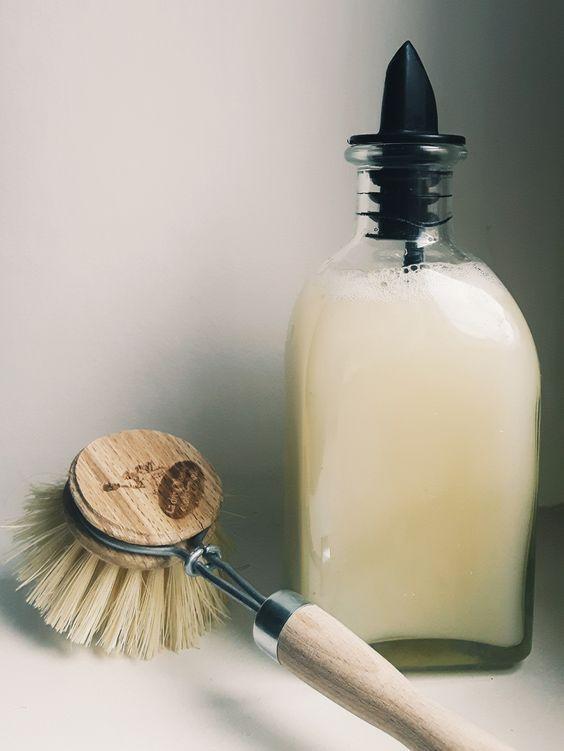 Les 25 meilleures id es de la cat gorie liquide vaisselle sur pinterest diy liquide faire soi - Recette liquide vaisselle maison moussant ...