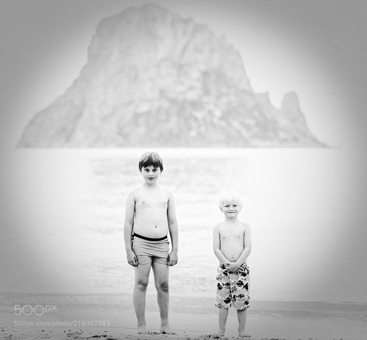 "Magnetic memories - Scanned and edited Fuji Reala  Tiesto Es Vedrà - La Hacienda & Glenn Morrison ""Contact"" from ""In Search of Sunrise 6: Ibiza"": https://www.youtube.com/watch?v=uQCYToxuco8&list=PLD44BAB0CB7E30490"