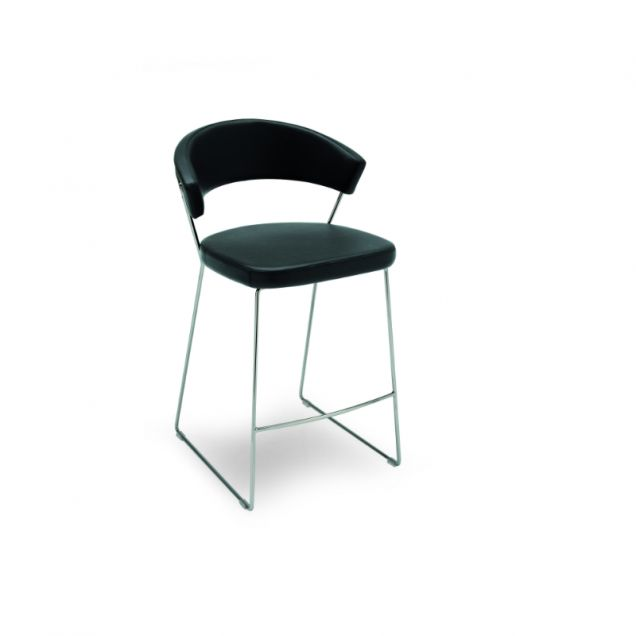 Highly comfortable stool with soft seat and wrap-around backrest. The cover is made from Gummy, a smooth soft synthetic fabric that is practical because easy to clean. The adjustable model has a  metal pedestal base with round base plate allows you to swivel the seat and adjust its height. The non-adjustable model has a metal sled base features transparent rubber feet..