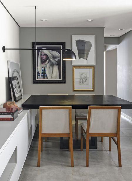 Sala de jantar, com projeto de decoração dos arquitetos Bruno Batistela e Iraima Castro, da Kwartet Arquitetura.