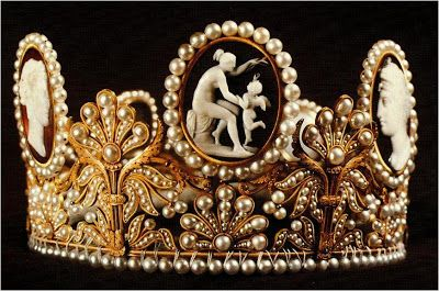 The Cameo Tiara's first owner was Empress Joséphine, who likely received it as a gift from her husband Napoleon sometime around 1809. It ended up in the hands of the empress' granddaughter, Josephine of Leuchtenberg, who brought the tiara to Sweden through her marriage to the future King Oscar I of Sweden and Norway, and it has stayed there ever since.