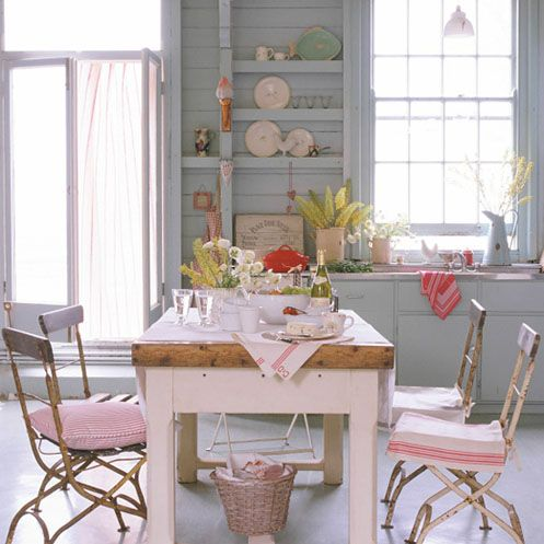 great pink kitchen table & chairs