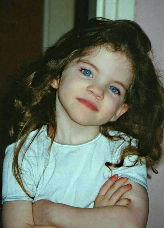 Pin By Andrea Ruiz On Clothing Baby Girl Blue Eyes Brown Hair