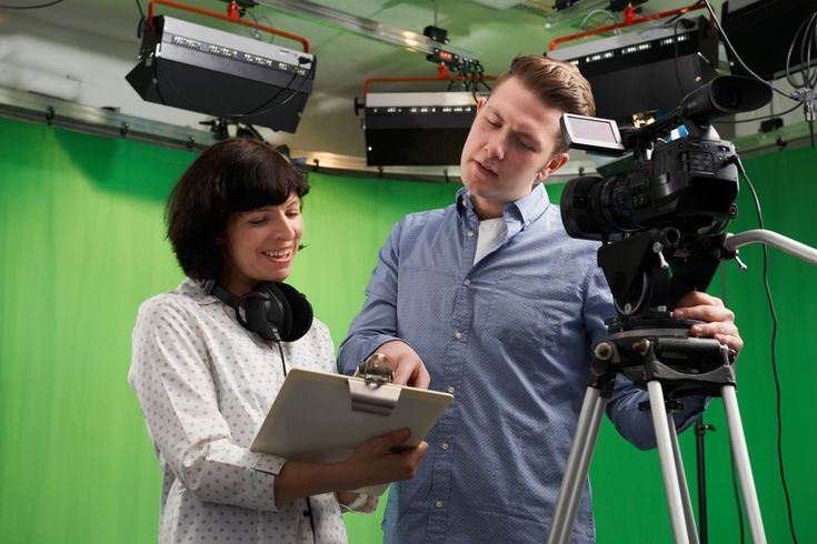 The following are some of the best pieces of advice that students in film and television schools can use in order to land their dream job after graduation.