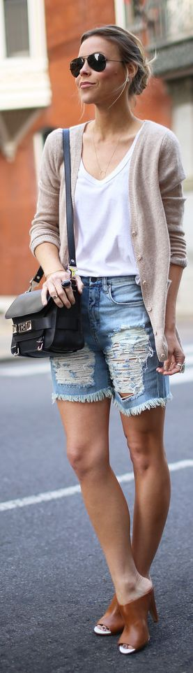 Unique summer look idea -- just with shorter distressed jean shorts and wide-strap chunky heeled sandals.