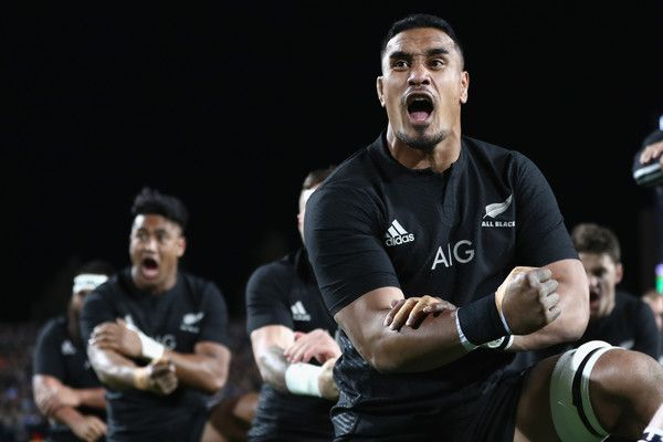 Jerome Kaino Photos Photos - Jerome Kaino of the All Blacks performs the haka  during the Rugby Championship match between the New Zealand All Blacks and Argentina at Waikato Stadium on September 10, 2016 in Hamilton, New Zealand. - New Zealand v Argentina