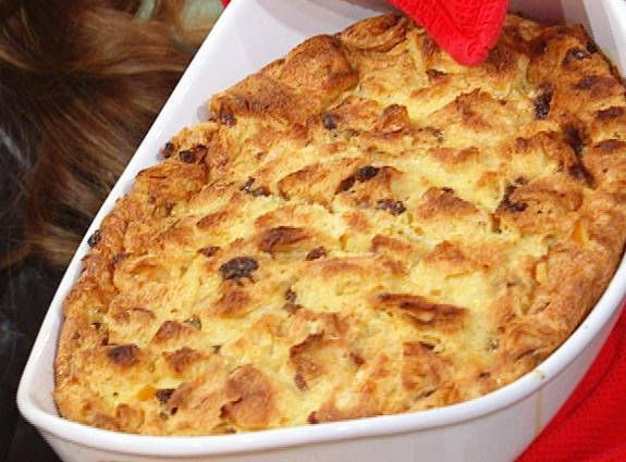 Giada De Laurentiis' Panettone Bread Pudding with Amaretto Sauce Recipe