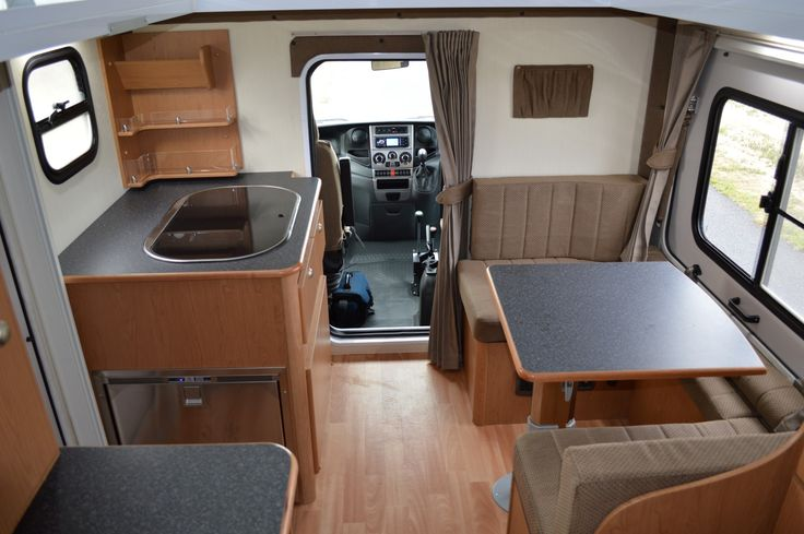 IVECO 4x4 motorhome, this one is with a pop-up roof system ...