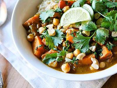 Recept Thaise gele curry met zoete aardappel | Ekoplaza | De grootste biologische supermarktketen van Nederland