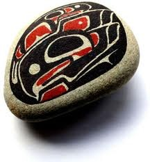 I love haida art. This hand painted pebble combines the best of haida art and nature. I think Jim Ede would have liked it :)
