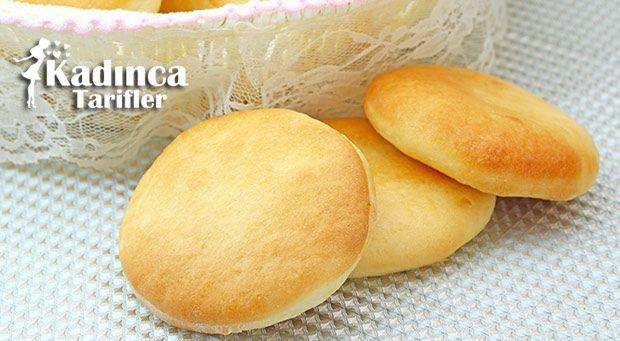 Kahvaltılık Minik Ekmek Tarifi nasıl yapılır? Kahvaltılık Minik Ekmek Tarifi'nin malzemeleri, resimli anlatımı ve yapılışı için tıklayın. Yazar: AyseTuzak
