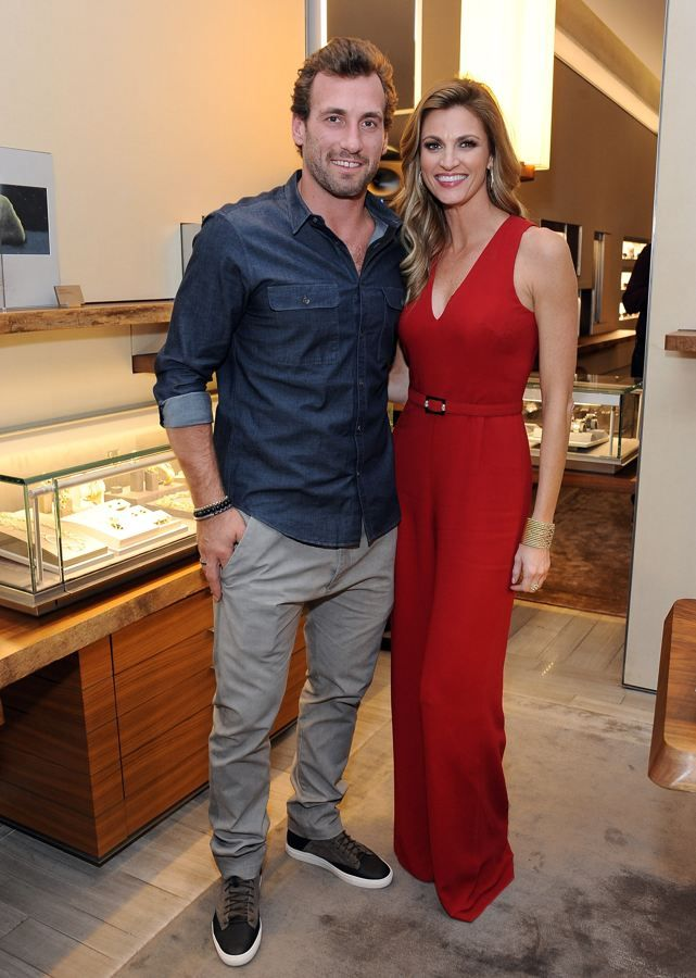 Jarret Stoll and Erin Andrews: Kings hockey player Jarret Stoll managed to snag reporter Erin Andrews. The two have been dating for a few years now.