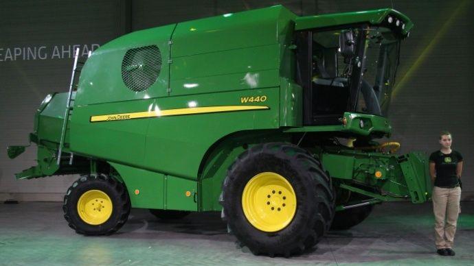De fabrication finlandaise cette W440 rejoint la gamme John Deere pour le marché européen.