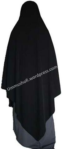 pola jilbab segitiga_belakang