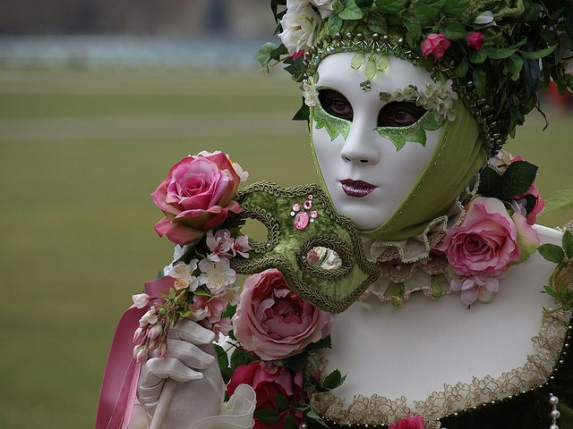 Annecy - Carnaval Vénitien 2010 by Eric-P, via Flickr