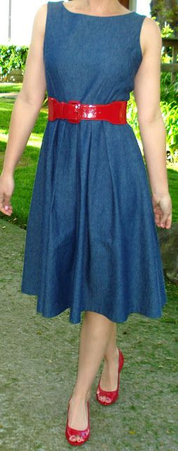 Peggy's Closet: Simplicity 2444 ~ A Denim Dress Love this version - have the perfect fabric for this!