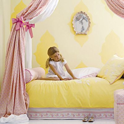 or this! Layla grayce pink and yellow bedroom: Girls Yellow, Girls Beds, Girls Bedrooms, Fabrics Draping, Canopies Beds, Big Girls, Girls Rooms, Adorable Girls, Gorgeous Girls