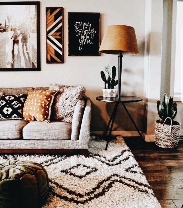 Insta And Pinterest Amymckeown5 Cute Living Room Love The Cactus And Rug House Interior Living Room Decor Home Decor