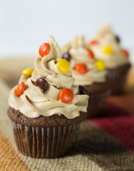 Reese's Cupcakes/Reese's peanut butter cup on the bottom of the cupcake? :-O