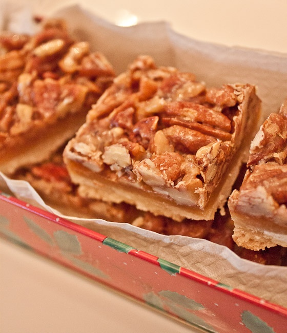 Savour Sisters: Day 10: Classic Pecan Bars